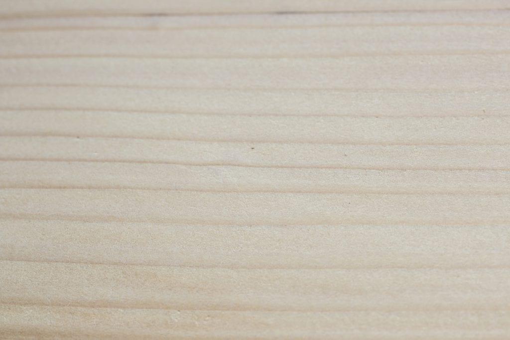 Dzikie Twory - drewno oszlifowane papierem gradacji 80