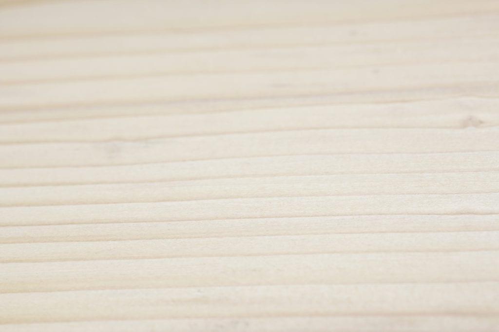 Dzikie Twory - drewno po nałożeniu olejowosku