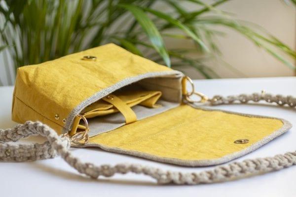 Dzikie Twory - mała torebka z lnu i Washpapy - łabędzie - otwarta torebka