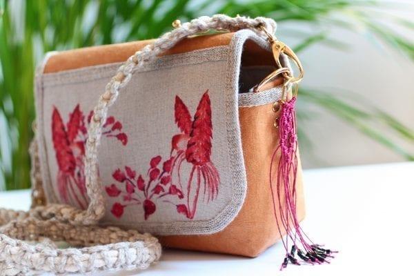 Dzikie Twory - mała torebka z lnu i washpapy, akwarelowe kolibry bok