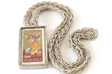 Dzikie Twory - naszyjnik ze znaczkiem pocztowym z 1966 roku dożynki