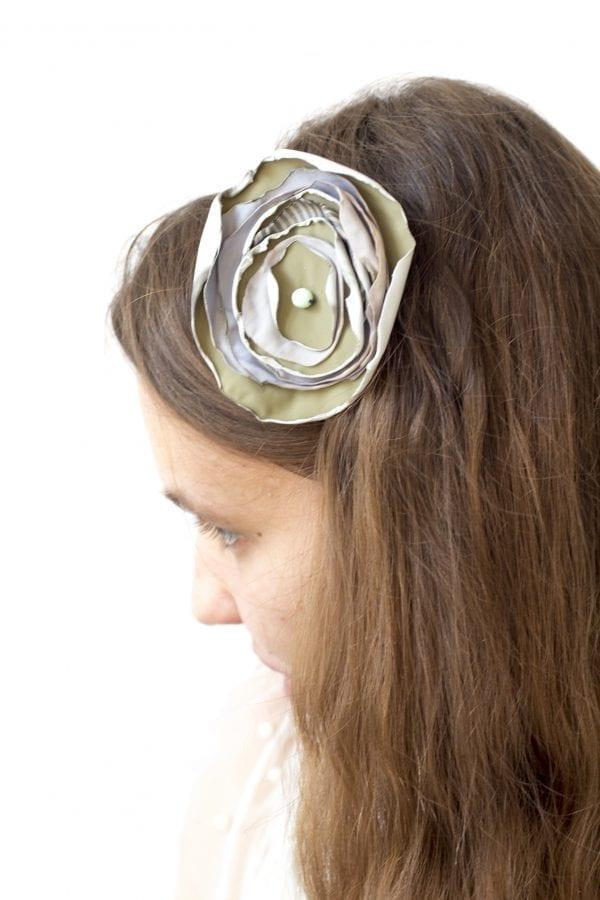 Dzikie Twory - opaska na włosy - z kwiatkiem20