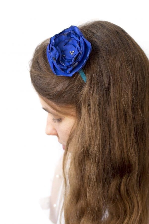 Dzikie Twory - opaska na włosy - z kwiatkiem3